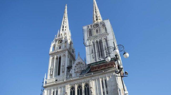 CATHÉDRALE DE ZAGREB: Lieu de culte riche en histoire, arts et mysteres
