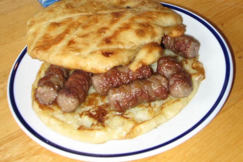 Sandwich aux Ćevapi (Ćevapi u lepinji)