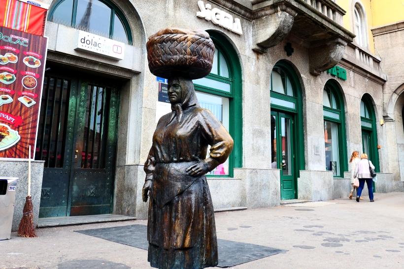 Kumica Barica – monument aux paysannes locales
